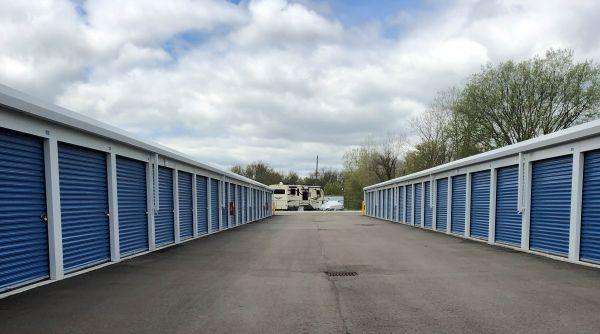 National Storage Centers - South Lyon 59070 Oasis Center Drive South Lyon, MI - Photo 3
