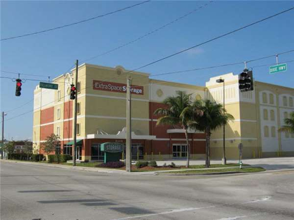 Extra Space Storage - Hollywood - N Dixie Hwy 430 North Dixie Highway Hollywood, FL - Photo 0
