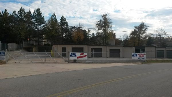 Byrd's Mini Storage - Linwood Dr 319 Linwood Drive Gainesville, GA - Photo 0