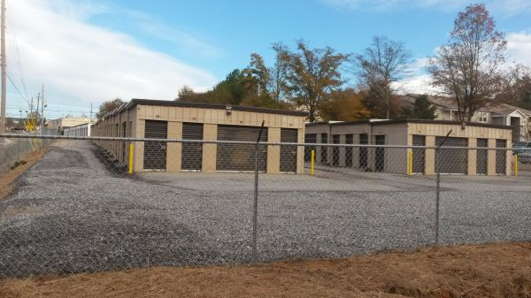 Byrd's Mini Storage - Linwood Dr 319 Linwood Drive Gainesville, GA - Photo 3