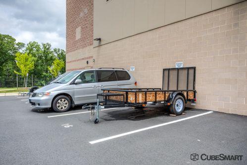 CubeSmart Self Storage - Leesburg - 1601 Battlefield Parkway Northeast 1601 Battlefield Parkway Northeast Leesburg, VA - Photo 3