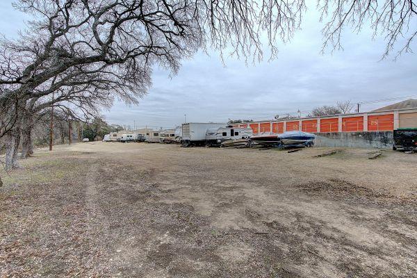 Stash N Go Storage - O'Neal 2707 Oneal Ln Austin, TX - Photo 4