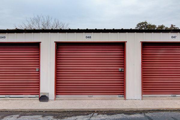 Stash N Go Storage - Oakclaire 6204 Oakclaire Drive Austin, TX - Photo 3