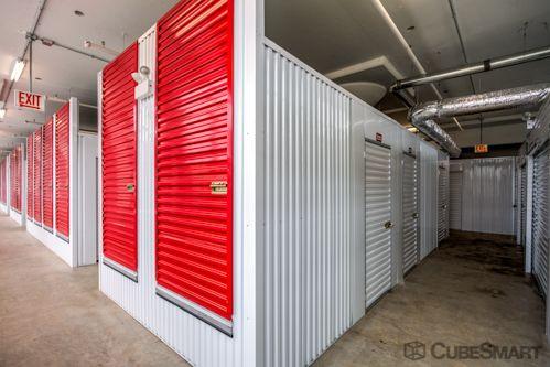 CubeSmart Self Storage - Chicago - 1038 W 35th St 1038 W 35th St Chicago, IL - Photo 4