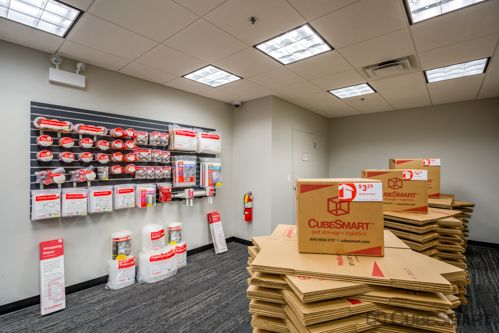 CubeSmart Self Storage - Chicago - 1038 W 35th St 1038 W 35th St Chicago, IL - Photo 8