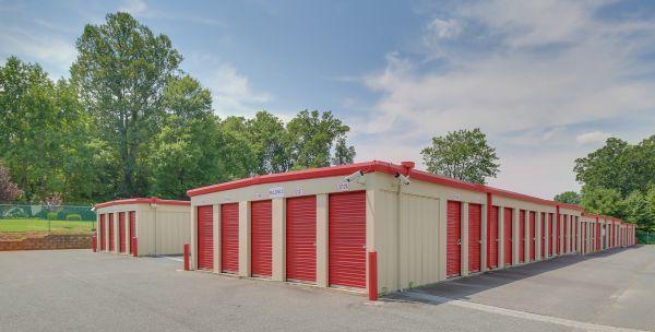 10 Federal Self Storage - 1825 Fayetteville St, Asheboro, NC 27203 1825 North Fayetteville Street Asheboro, NC - Photo 3