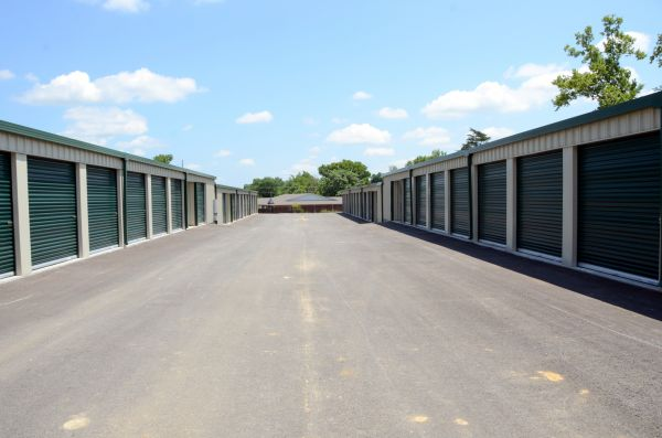 Glenmary Storage 8814 Old Bardstown Road Louisville, KY - Photo 3