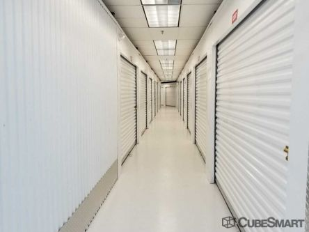 CubeSmart Self Storage - Houston - 555 Bay Area Blvd 555 Bay Area Blvd Houston, TX - Photo 3