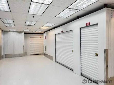 CubeSmart Self Storage - Houston - 555 Bay Area Blvd 555 Bay Area Blvd Houston, TX - Photo 4
