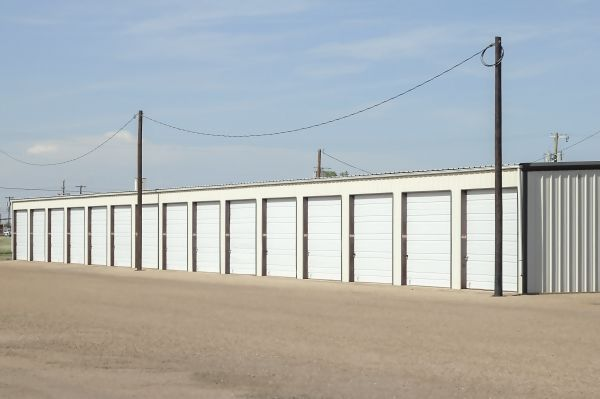 AAA Tech Storage 222 North Avenue U Lubbock, TX - Photo 2
