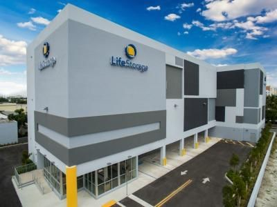 Life Storage - Miami - Northeast 186th Terrace 2641 Northeast 186th Terrace Miami, FL - Photo 0