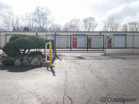 CubeSmart Self Storage - Waterford Township - 4303 Highland Rd 4303 Highland Road Waterford Township, MI - Photo 4