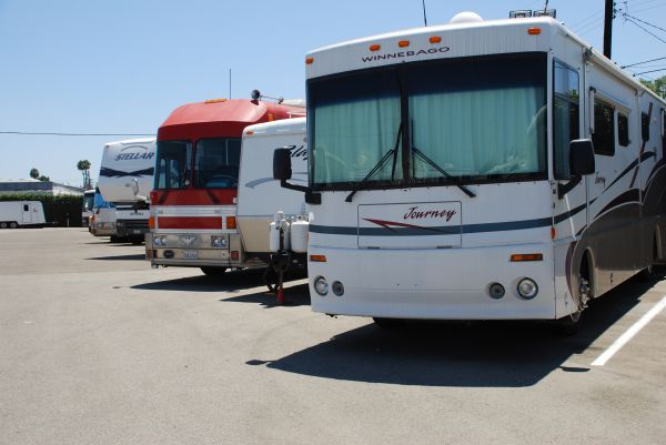 Anaheim - Fullerton Self & RV Storage 711 East La Palma Avenue Anaheim, CA - Photo 10