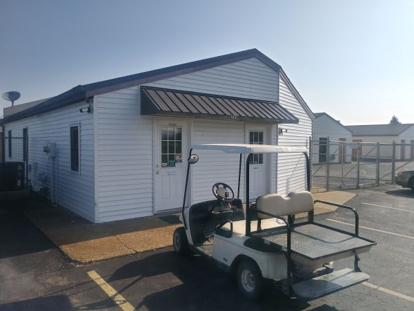 First USA Storage of Clarksville 560 Tiny Town Road Clarksville, TN - Photo 2