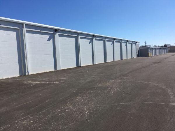 Silver Spring Self Storage LLC 5525 North 27th Street Milwaukee, WI - Photo 3