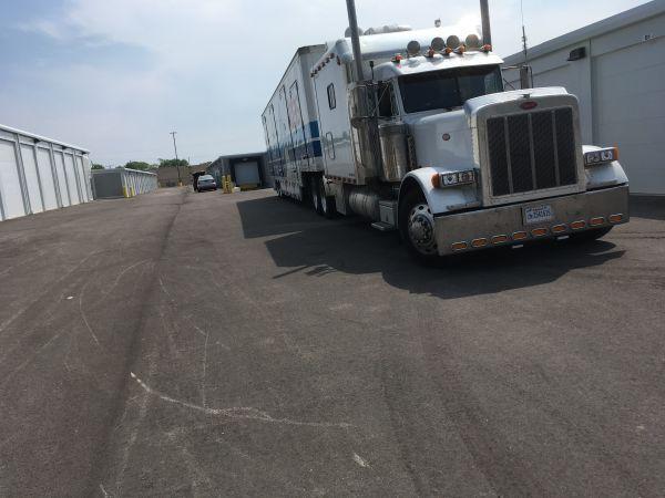 Silver Spring Self Storage LLC 5525 North 27th Street Milwaukee, WI - Photo 6