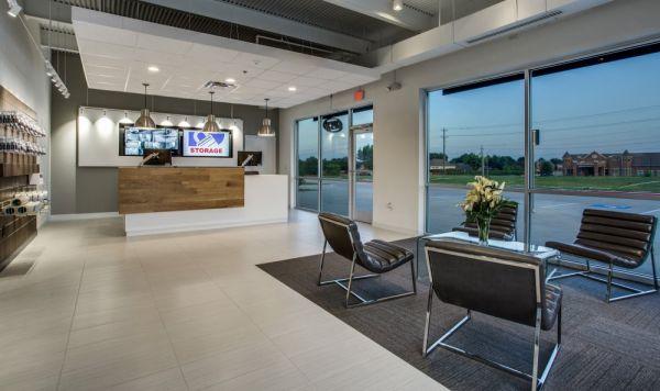 Advantage Storage - McDermott Square 2845 McDermott Road Plano, TX - Photo 2