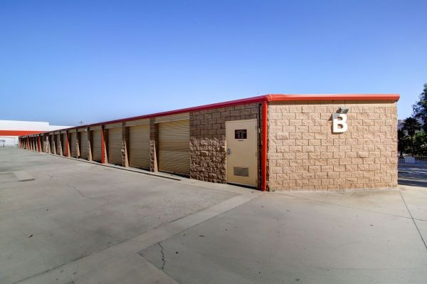 StaxUp Storage - San Marcos 458 East Mission Road San Marcos, CA - Photo 5