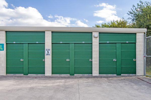 Lockaway Storage - Nacogdoches 16002 Nacogdoches Road San Antonio, TX - Photo 11