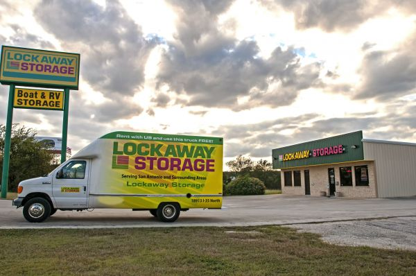 Lockaway Storage - I-35 Schertz 18913 North Interstate 35 Frontage Road Schertz, TX - Photo 13