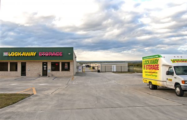 Lockaway Storage - I-35 Schertz 18913 North Interstate 35 Frontage Road Schertz, TX - Photo 14