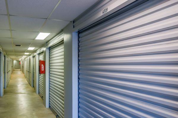 Lockaway Storage - Airport 907 N Coker Loop Rd San Antonio, TX - Photo 9