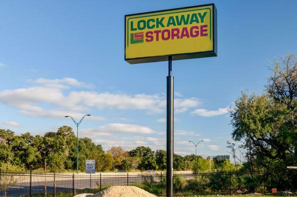 Lockaway Storage - Airport 907 N Coker Loop Rd San Antonio, TX - Photo 12