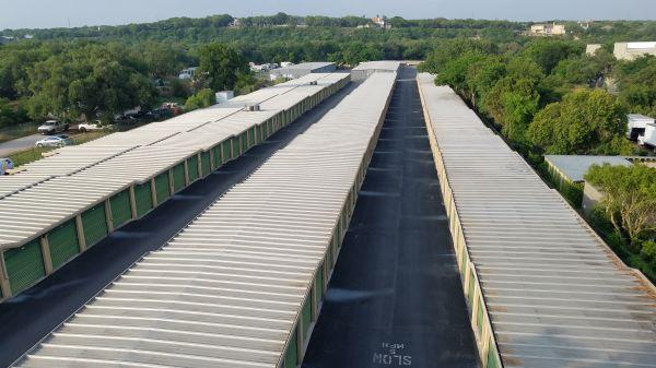 Lockaway Storage - Airport 907 N Coker Loop Rd San Antonio, TX - Photo 5