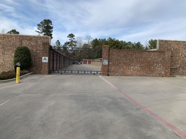 Lockaway Storage - Nash 4030 New Boston Road Texarkana, TX - Photo 3