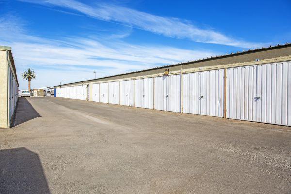 StaxUp Storage - El Centro 902 East Evan Hewes Highway El Centro, CA - Photo 5