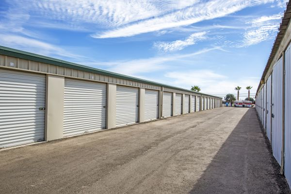 StaxUp Storage - El Centro 902 East Evan Hewes Highway El Centro, CA - Photo 7