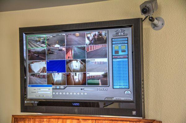 Lockaway Storage - Babcock 5842 Babcock Rd San Antonio, TX - Photo 13