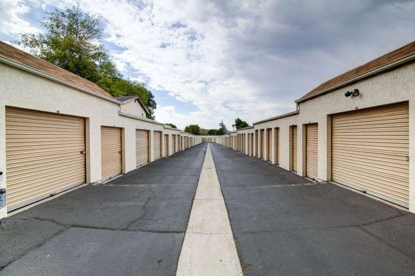 StaxUp Storage - El Cajon 1063 East Bradley Avenue El Cajon, CA - Photo 8