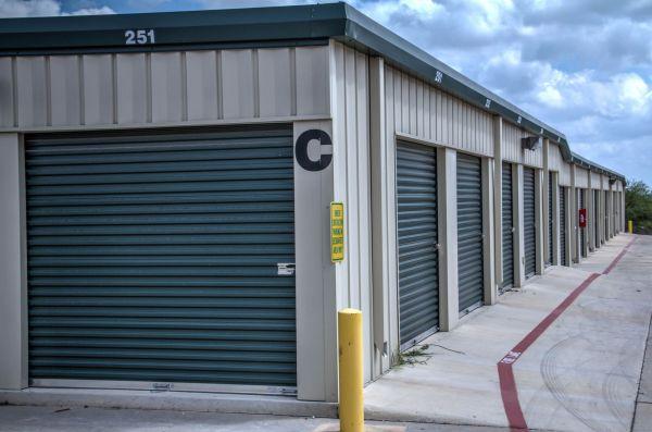 Lockaway Storage - NW Loop 410 3280 NW Loop 410 San Antonio, TX - Photo 6