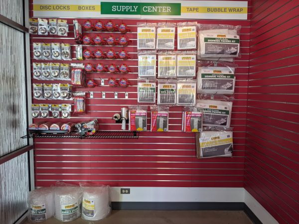 Lockaway Storage - DeZavala 6075 De Zavala Road San Antonio, TX - Photo 4
