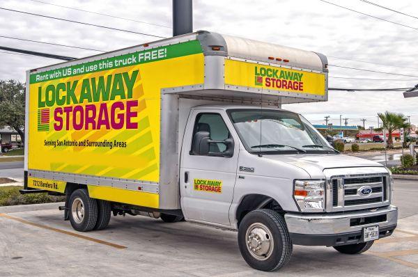 Lockaway Storage - Bandera 7212 Bandera Road Leon Valley, TX - Photo 16