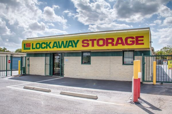 Lockaway Storage - WW White 2235 South Ww White Road San Antonio, TX - Photo 0