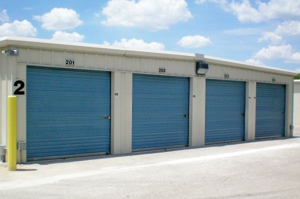 Lockaway Storage - WW White 2235 South Ww White Road San Antonio, TX - Photo 4