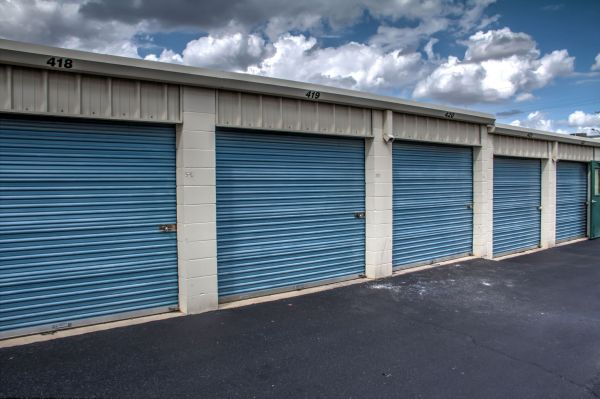 Lockaway Storage - WW White 2235 South Ww White Road San Antonio, TX - Photo 8