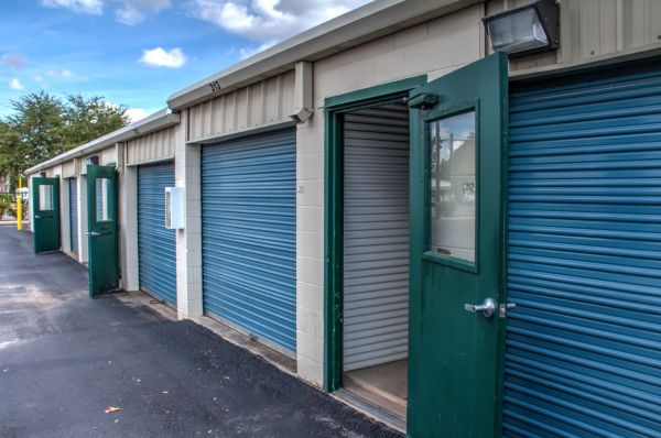 Lockaway Storage - WW White 2235 South Ww White Road San Antonio, TX - Photo 10