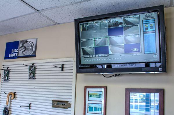Lockaway Storage - WW White 2235 South Ww White Road San Antonio, TX - Photo 14