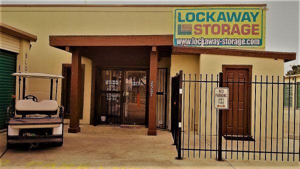 Lockaway Storage - Goliad 2507 Goliad Road San Antonio, TX - Photo 4
