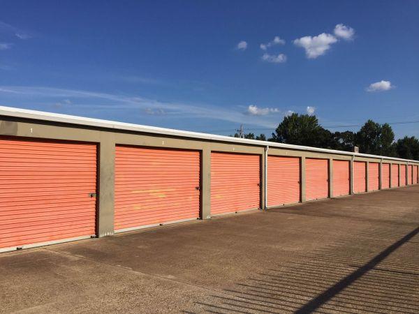 Lockaway Storage - Wake Village 5308 West 7Th Street Texarkana, TX - Photo 2