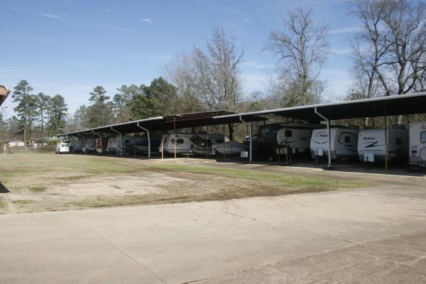 Lockaway Storage - Wake Village 5308 West 7Th Street Texarkana, TX - Photo 4