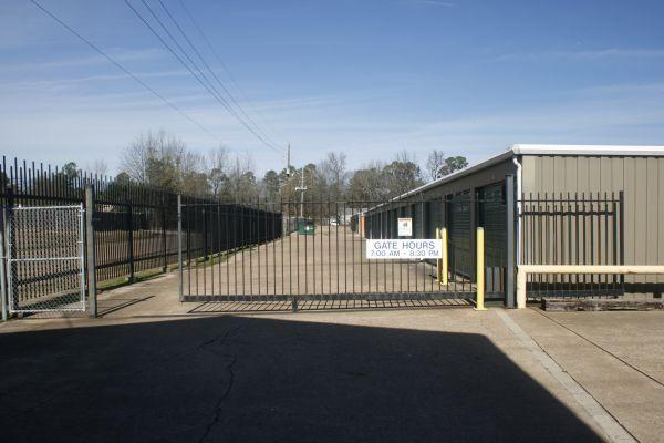 Lockaway Storage - Wake Village 5308 West 7Th Street Texarkana, TX - Photo 5