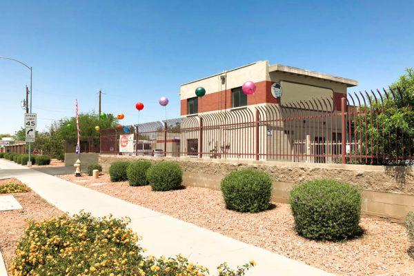 US Storage Centers - Glendale - 4616 NW Grand Avenue 4616 Grand Avenue Glendale, AZ - Photo 4