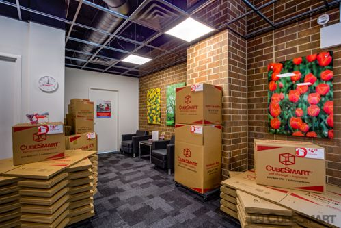 CubeSmart Self Storage - Chicago - 6000 W Touhy Ave 6000 W Touhy Ave Chicago, IL - Photo 6
