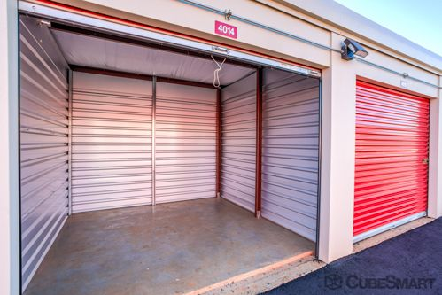 CubeSmart Self Storage - Greenville - 1900 Old Buncombe Rd 1900 Old Buncombe Rd Greenville, SC - Photo 3