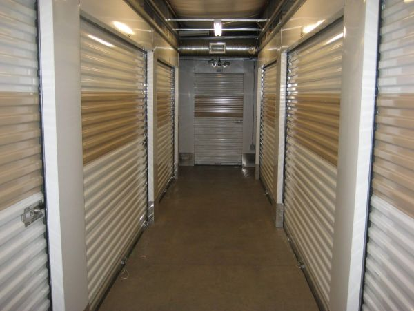 Parkway Storage Center Lowest Rates Selfstorage Com