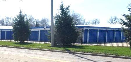 Storage Express - Washington - Walnut Street Walnut Street Washington, IL - Photo 3